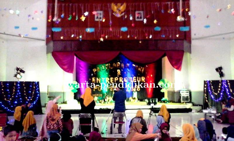 PGPAUD Universitas Negeri Malang Adakan Pagelaran Tari dan Enterpreneur 2018